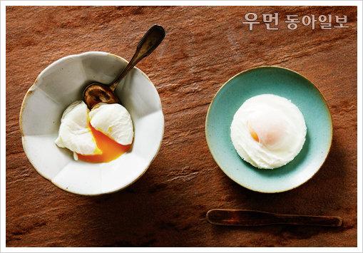 水卵 ① 수란훈제연어오픈샌드위치