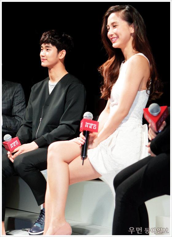 김수현과 열애에 빠진 대륙의 팬들