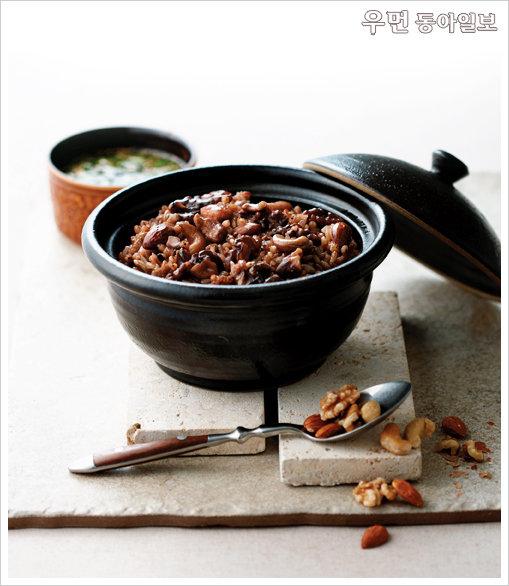 항산화 성분이 가득한 재료로 만든 면역력 높이는 디톡스 요리~ 견과류잡곡밥