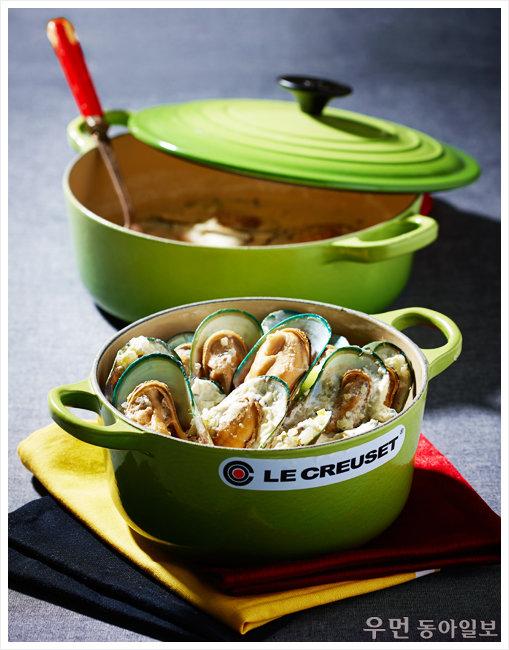 월드컵 특집! 벨기에 전통 홍합요리 '크림소스 홍합스튜' 푸드 스타일리스트 오용은과 함께한 르크루제 원형 냄비 요리