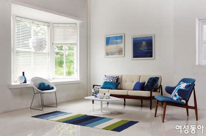 Blue&White Interior