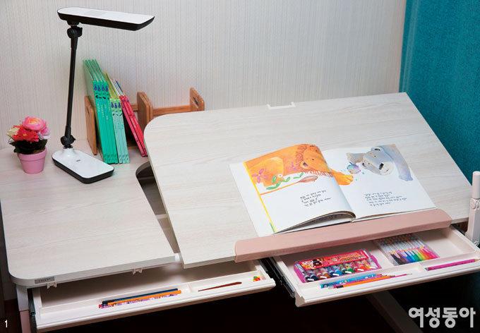 웃음꽃이 가득 핀 사랑이의 공부방