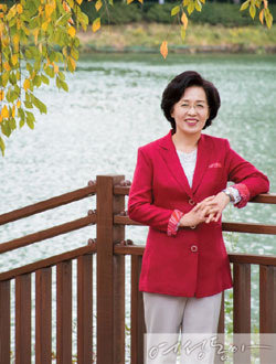마흔아홉에 꿈 이룬 여성들의 롤 모델 박춘희 송파구청장