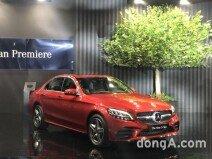 벤츠코리아, C클래스 페이스리프트 공개… 내년 BMW 신형 3시리즈와 격돌