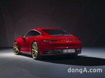 포르쉐, 8세대 '신형 911' 공개…가장 역동적인 카레라 등장