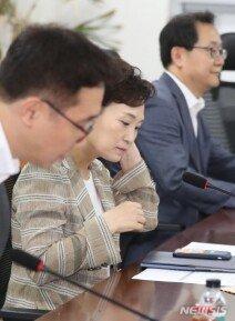 """서울 재건축 아파트값 또 올랐다…""""상한제 불확실성에 혼란 가중"""""""