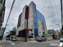 105억 대출로 '갓물주' 된 소녀시대 유리…논현동 빌딩 128억에 매입