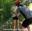 흑인사망 시위 동조하자 자전거로 공격한 美 백인 남성