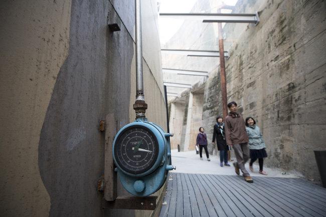 석유 대신 문화를 비축한 문화비축기지의 곳곳.