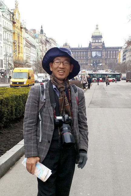 2015년 독일 산별노조와 체코, 러시아, 중국 현대차 공장을 견학할 때 이 상범 씨는 기록을 되도록 많이 남기기 위해 카메라와 수첩을 항상 지니고 다녔다고 한다.