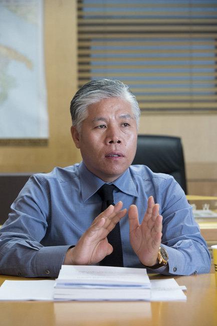 해외 가구에 한국의 삶을 녹이다