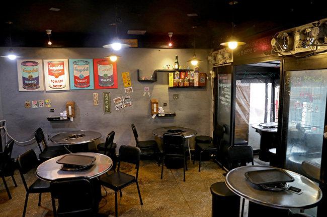 김과장고깃집은 테이블 7개의 작은 매장으로 시작해 2년 만에 프랜차이즈 가맹 사업을 준비할 정도로 성장했다.
