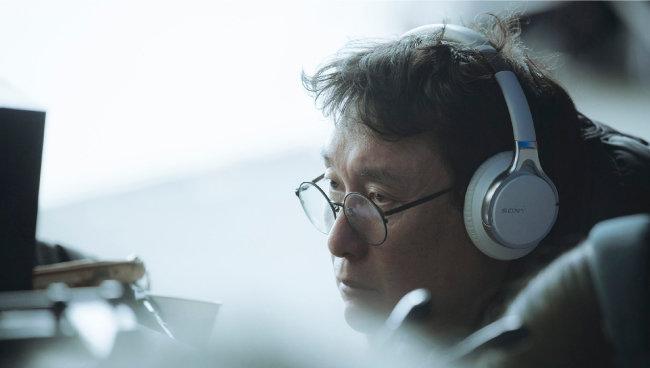 영화팬들에게선 '천재감독'으로 불렸지만 작품수가 적은 장준환 감독은 자신의 세 번째 장편영화 '1987'에서 주류영화로서도 걸작의 반열에 오를 작품을 만들어냈다. [CJ엔터테인먼트 제공]