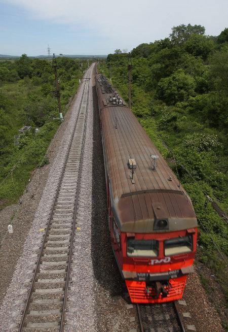 시베리아 횡단철도 상·하행선이 러시아 하바롭스크 인근에서 교차하고 있다. [박영대 동아일보 기자]