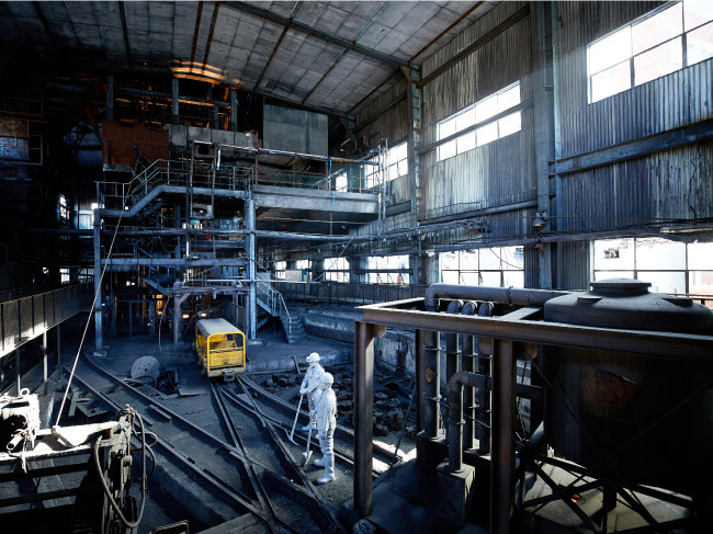2001년까지 운영된 삼척탄좌 정암광업소 조차장. 삼탄아트마인은 작업 현장을 보존하고 곳곳에 광부 마네킹을 설치해 당시 풍경을 짐작할 수 있도록 했다.