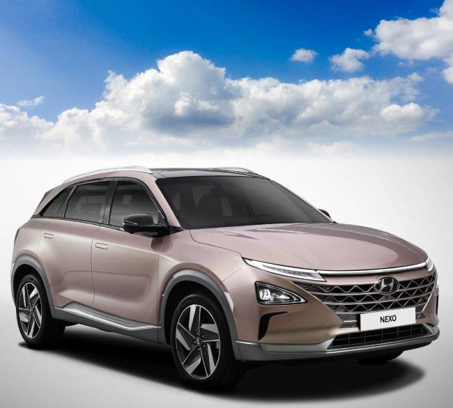 '친환경+자율주행' SUV 수소전기차 NEXO