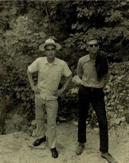 1967년 로이 헌트와 북한산에서.