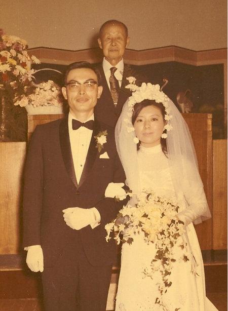 나는 1971년 11월 4일 결혼했다. 이희승 선생이 주례를 맡았다.