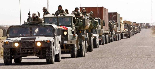 2003년 4월 1일 이라크 바그다드로 진군하는 미·영연합군. [이훈구 동아일보 기자]