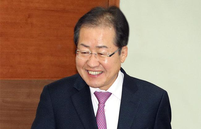 한국당, '홍준표 리스크' 경계령