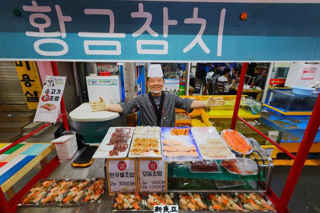 일본 유학파도 울고갈 초밥 장인의 솜씨 오산 오색시장.