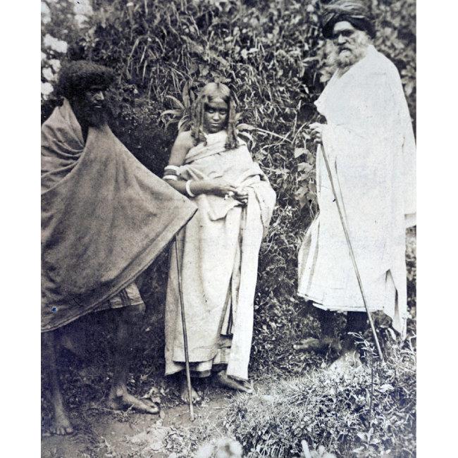 유난히 남아를 선호해 성비 불균형이 심했던 인도 토다족. 결과적으로 '일처다부'가 관습이 됐다 . [wikimedia commons]