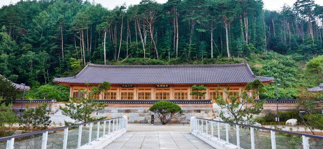 오대산 자연명상마을의 명상 공간인 동림선원. [홍중식 기자]