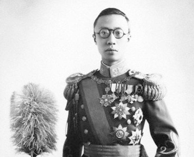 푸이 황제. [위키피디아]