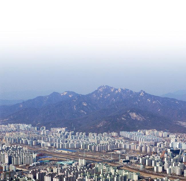 북한산, 수락산, 도봉산 등 숲세권에 자리한 상계동 인근 아파트 단지.