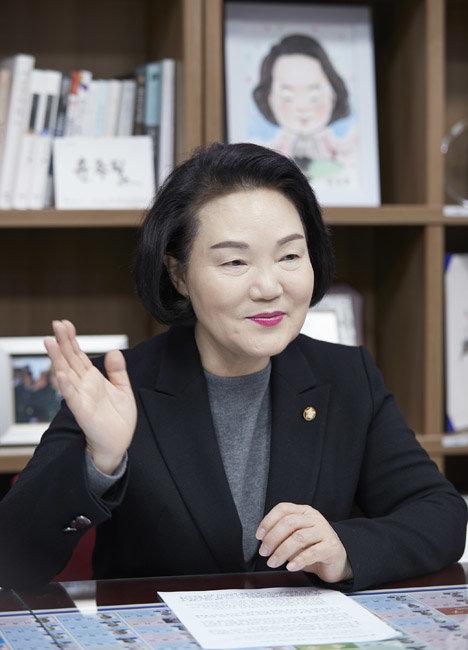 """윤종필 국회의원 """"마이크로바이옴은 보건산업 기대주, 산업화 위해 법적·제도적 지원 중요"""""""
