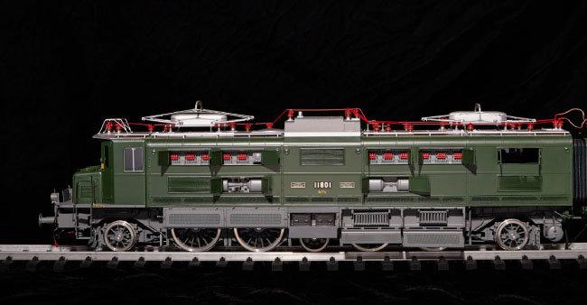 스위스 Ae8/14 모형. 기차 내부 디테일까지 완벽하게 제작했다.