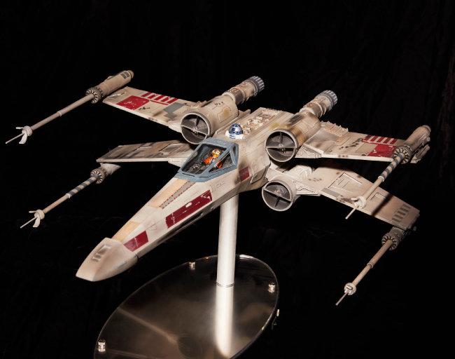 반란군 전투기 엑스-윙(X-wing).