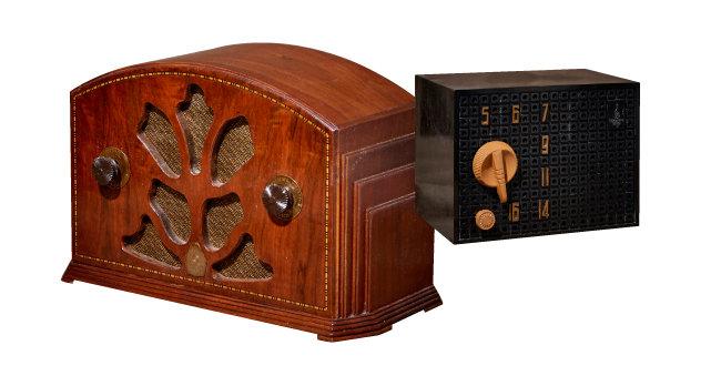 에머슨(EMERSON)사에서 만든 진공관 라디오들.