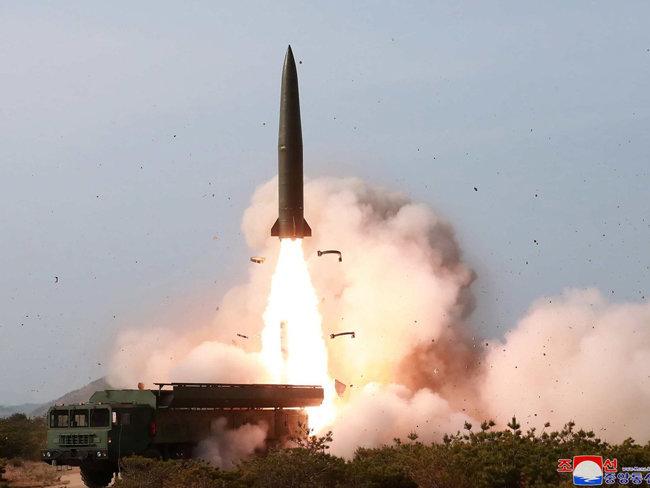5월 4일 발사된 북한 신형전술유도무기.