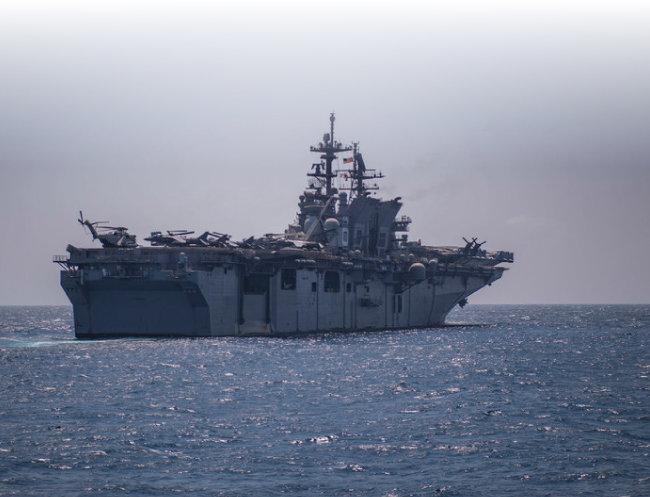 미 해군 아메리카호.