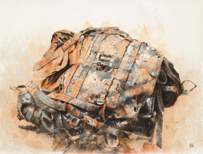 군용배낭 Military backpack 한지 위에 흙, 유화물감, 먹 ink, oil color, and soil on paper 164x126cm 2018