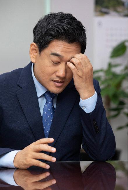 """오신환 바른미래당 원내대표는 """"최근 5kg 가량 체중이 줄었다""""고 말했다. [박해윤 기자]"""