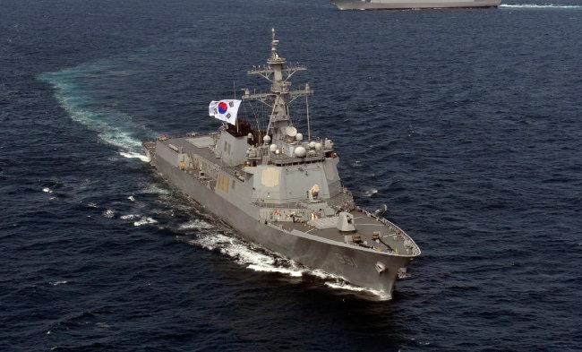 해군 이지스 구축함인 세종대왕함. [해군본부 제공]