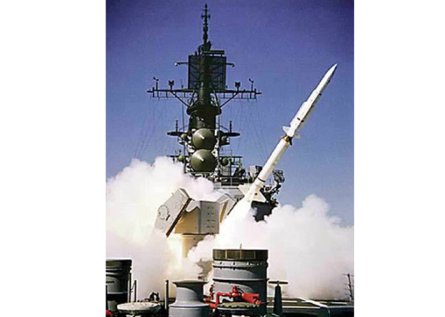SM-3 미사일이 미군 함정에서 발사되고 있다. [동아DB]