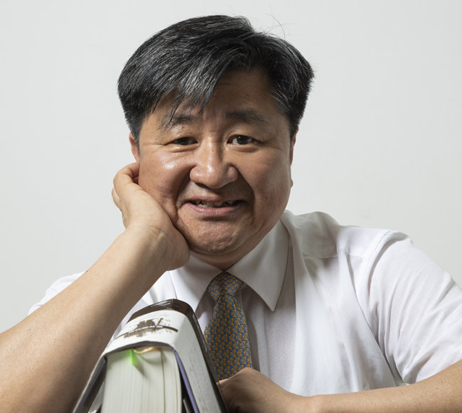 인터뷰 | 박형건 한국의류시험연구원(KATRI) 원장