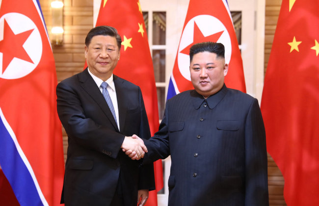 6월 20일 김정은 북한 국무위원장과 시진핑 중국 국가주석이 평양에서 정상회담을 했다. [신화=뉴시스]