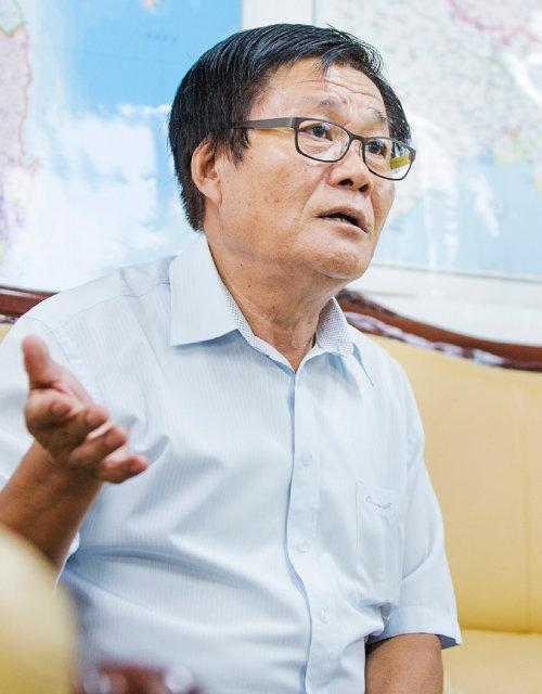 """김용화 씨는 """"제2,3 한성옥이 머지않았다""""고 했다. [김도균 객원기자]"""