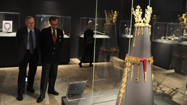 2013년 10월 뉴욕 메트로폴리탄 뮤지엄에서 '황금의 나라, 신라(Silla Korea's Golden Kingdom)' 특별전 프리뷰 행사가 열렸다. [뉴시스]