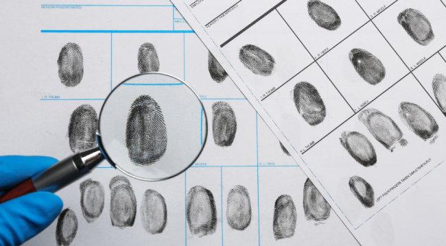 지문은 여전히 범죄 수사 과정에서 범인을 잡아내는 데 도움이 되는 최고의 증거다. [GettyImage]