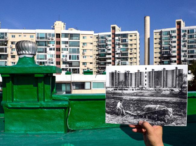 2019년 11월 촬영한 서울 강남구 압구정동 현대아파트와 같은 단지의 1978년 풍경(전민조 당시 동아일보 기자 촬영).