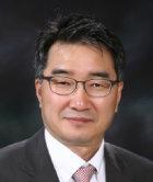 '상류 전용 클럽' 한국당은 '운동권 권력' 못 이긴다