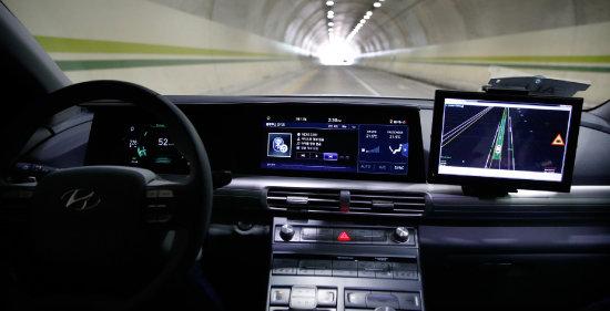 현대차 자율주행 자동차 넥소의 내부. [뉴시스]