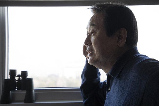 """김무성 자유한국당 의원은 안철수 전 의원을 두고 """"반문연대의 길을 같이 간 후 대권경쟁을 해야 한다""""고 말했다. [조영철 기자]"""