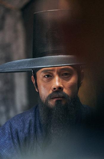 영화 '남한산성'에서 이병헌 씨가 최명길 역을 맡았다. [CJ엔터테인먼트 제공]