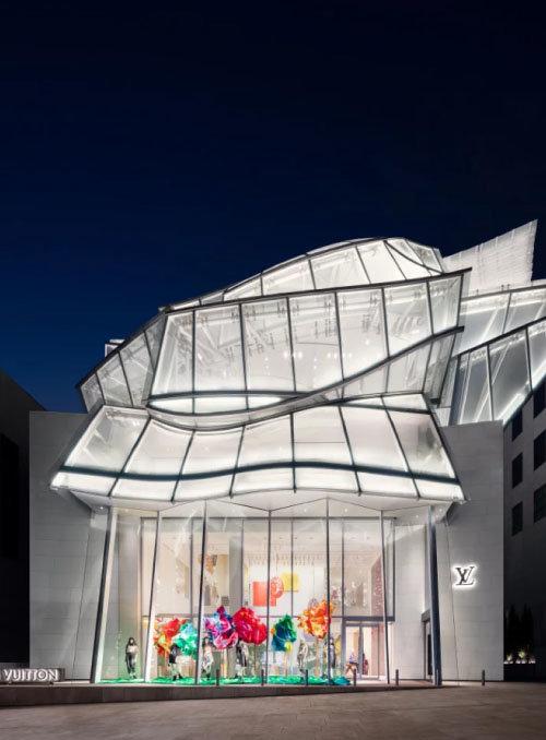 서울 강남구 '루이비통 메종 서울(Louis Vuitton Maison Seoul)' 플래그십 스토어. [@louisvuitton공식 인스타그램]